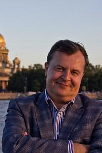 Исакеев Геннадий