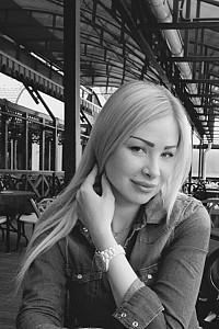 Светлана Изварина